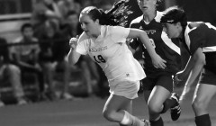 Women's soccer starts season undefeated