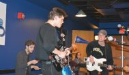 Bay Faction and LuxDeluxe set groovy vibe in Stein concert
