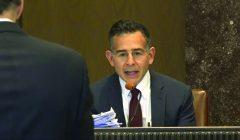 Professor testifies in lawsuit, J&J pays $572 million