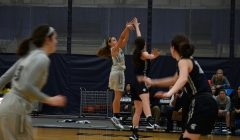 Women's basketball falls to UAA opponents